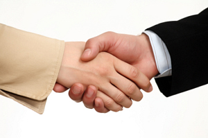 Developing your rainmaking skills private practice marketing two people shaking hands in agreement platinumwayz